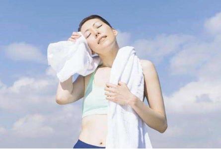 运动出汗排毒法