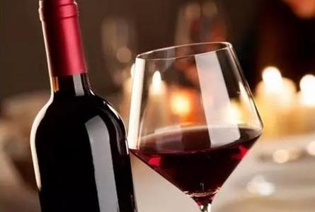红酒祛痘痕